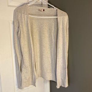 Light gray/cream cardigan